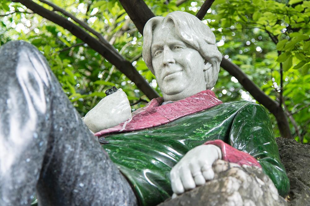 Statue von Oscar Wilde in Dublin