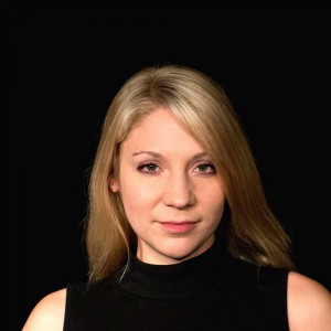 Katharina Linhart als Charlotte